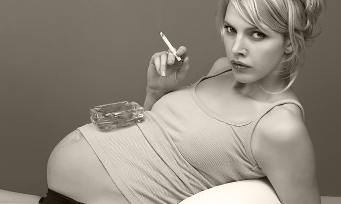 можно ли беременной курить